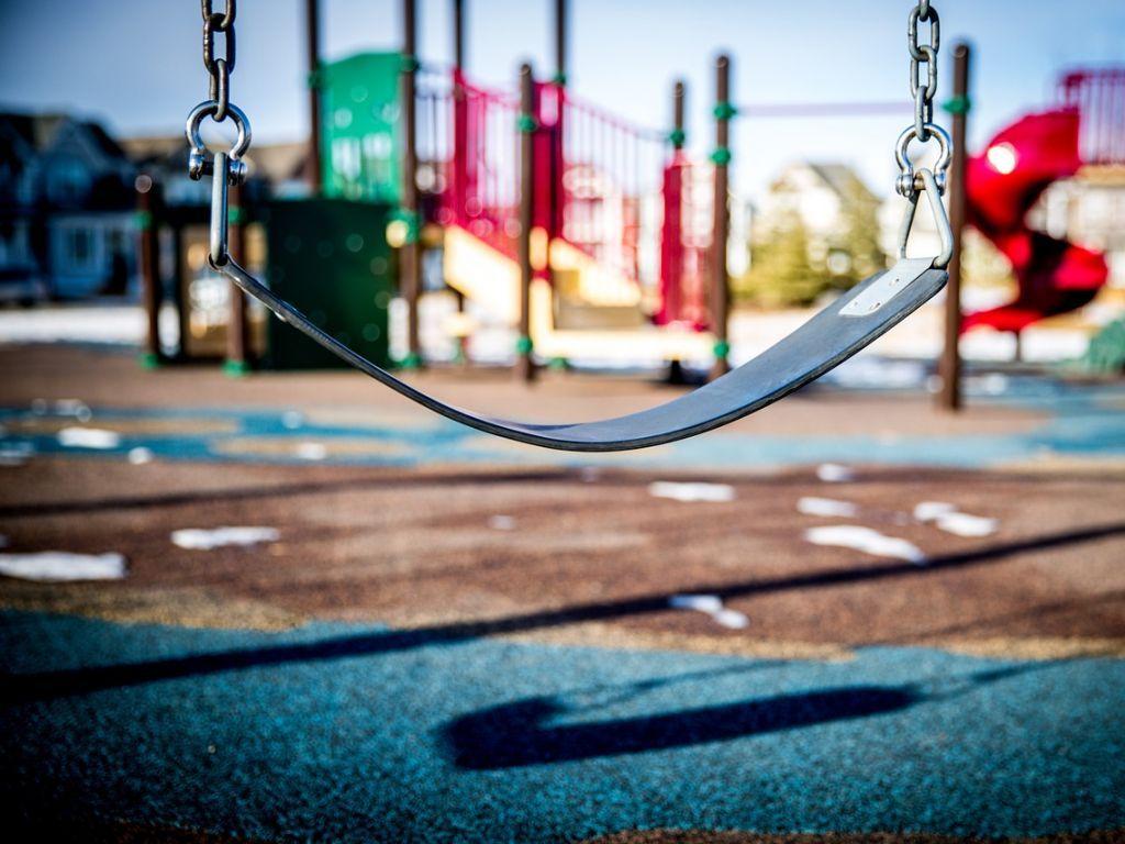 Opštini Knić četiri miliona dinara od Ministarstva pravde za dečije igralište