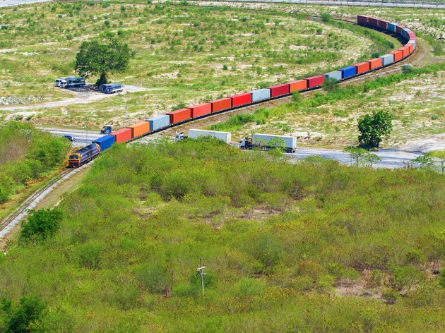 Agreement on new dispatch center for railway traffic signed – Russian loan extended until Medvedev's visit