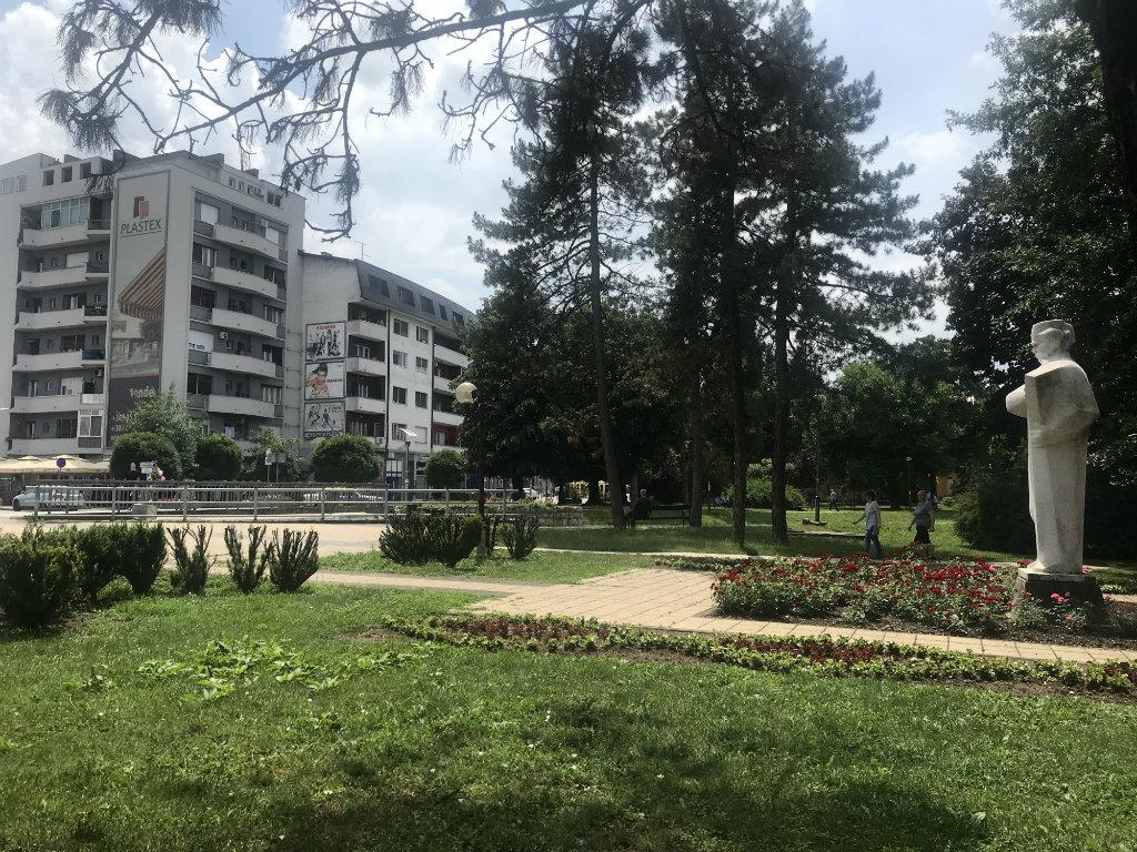 Prodaje se trgovinski objekat u Loznici od 1.252 m2