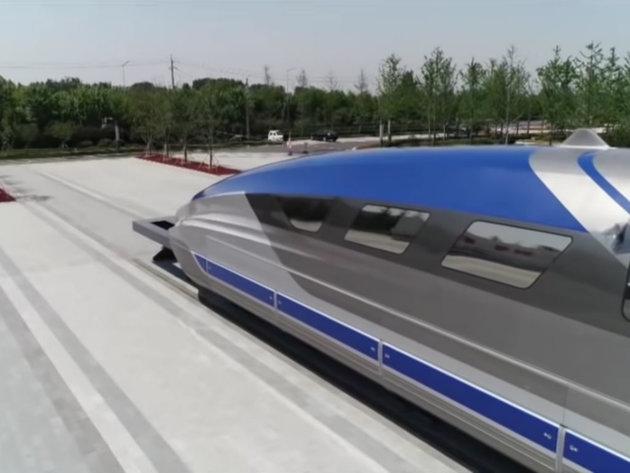 Makron predstavio novi super brzi ekološki voz - Od 2024. prevoz putnika za petinu manje struje