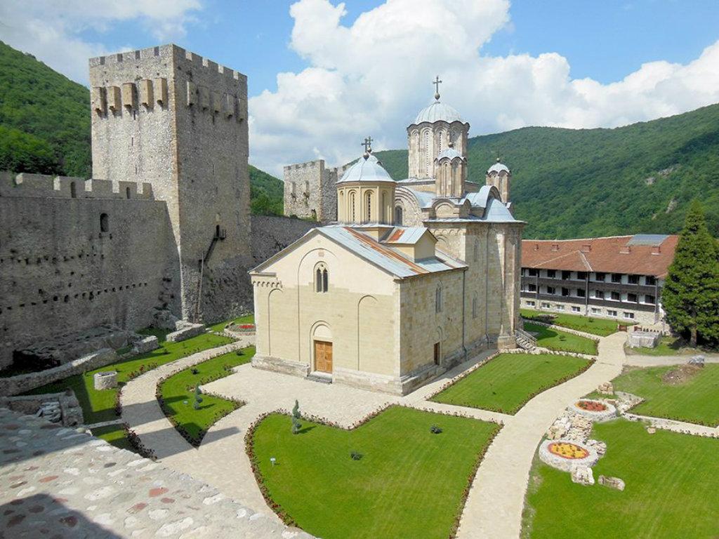 Manastir Manasija u avgustu postaje utočište vitezova iz celog sveta - Despotovac sve privlačnija turistička destinacija (FOTO)