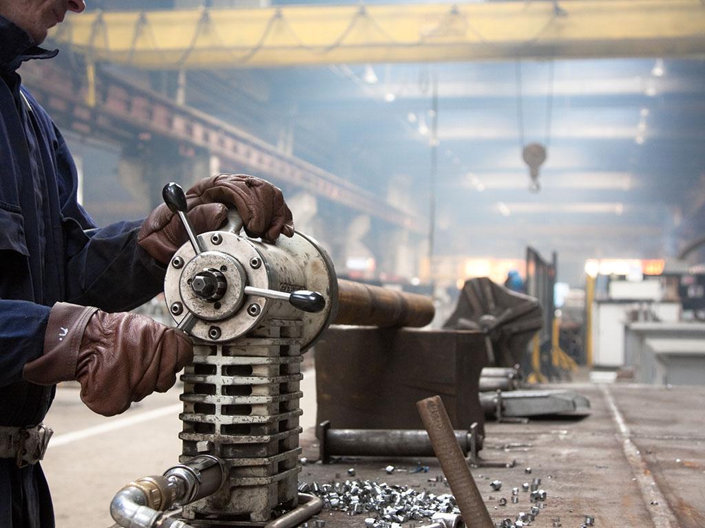 Korona srušila nadu u rast privrede RS - Najviše pogođena izvozna preduzeća