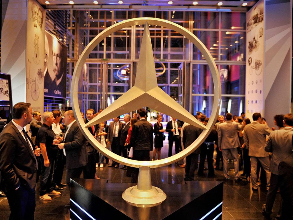 eKapija | Andreas Binder, CEO von Mercedes Benz SCG - Lebenslauf