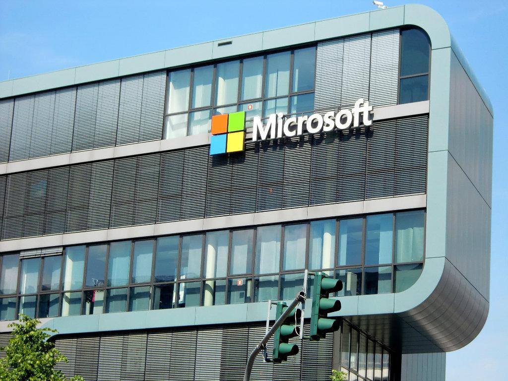 Microsoft pravi globalni inženjerski centar u Irskoj