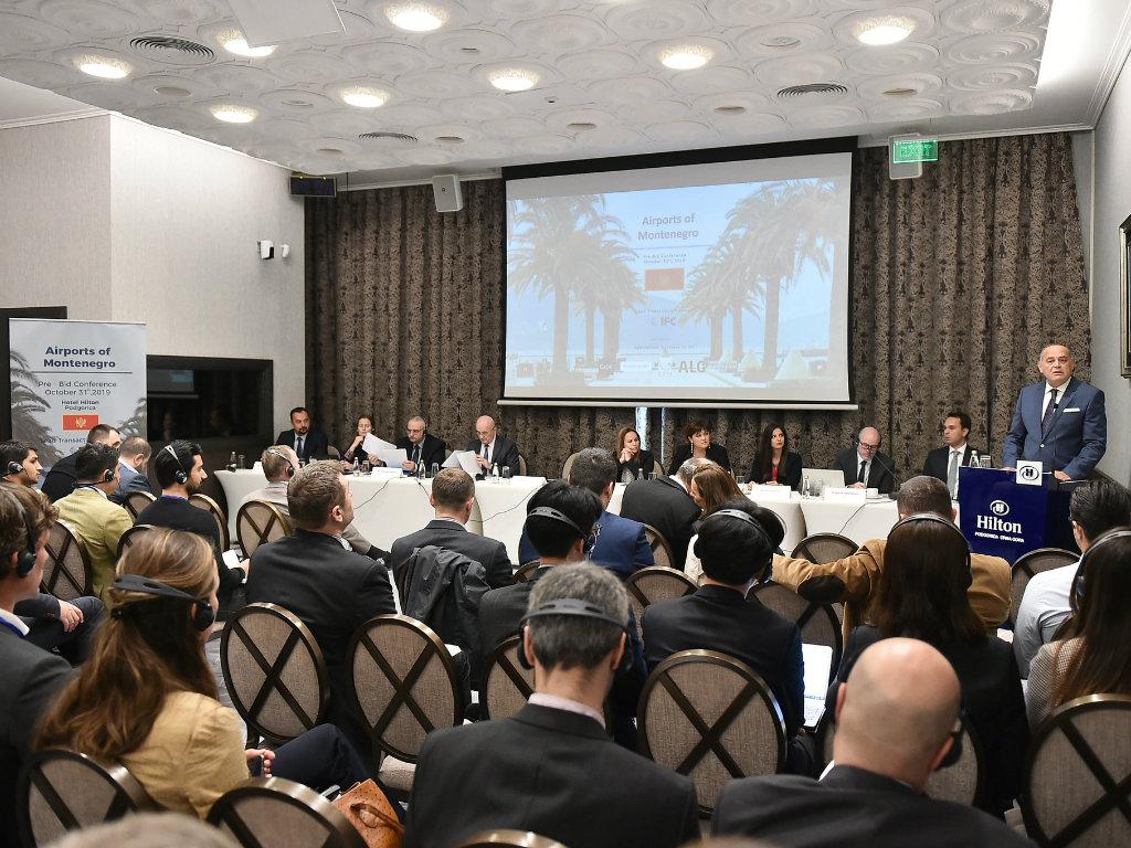 Održana Predtenderska konferencija za dodelu koncesije za aerodrome Crne Gore - U Podgoricu stigli investitori iz celog sveta