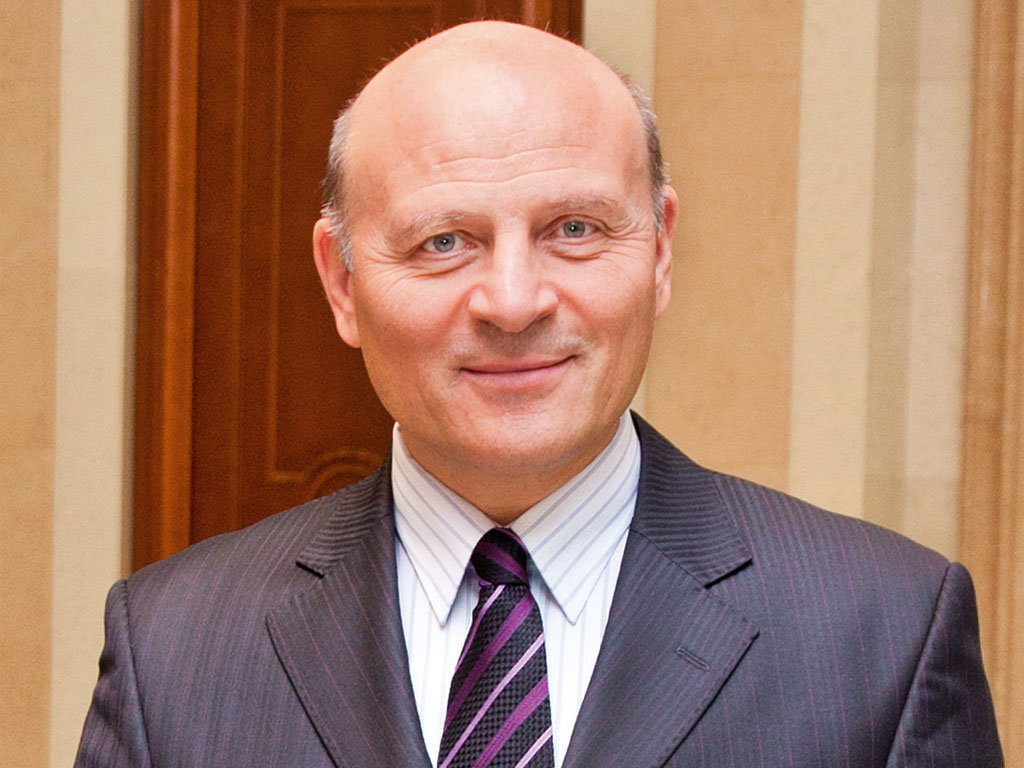 Miroljub Aleksić zainteresovan za kupovinu Jubmes banke