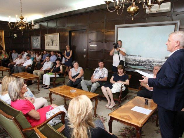 Miroslav Vasin sa preduzetnicima i preduzetnicama