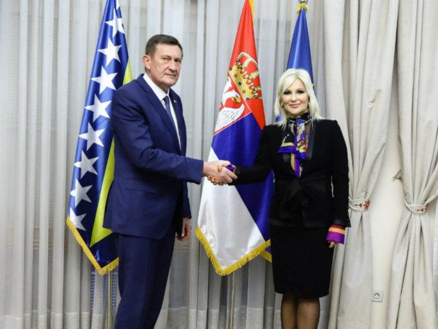 BiH i Srbija dogovorile operativnu grupu za reliazaciju infrastrukturnih projekata - Preko mosta Ljubovija-Bratunac od 2021.
