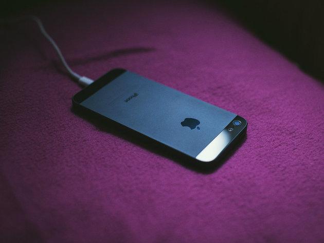 Kupci u Francuskoj sada znaju koliko je teško popraviti iPhone
