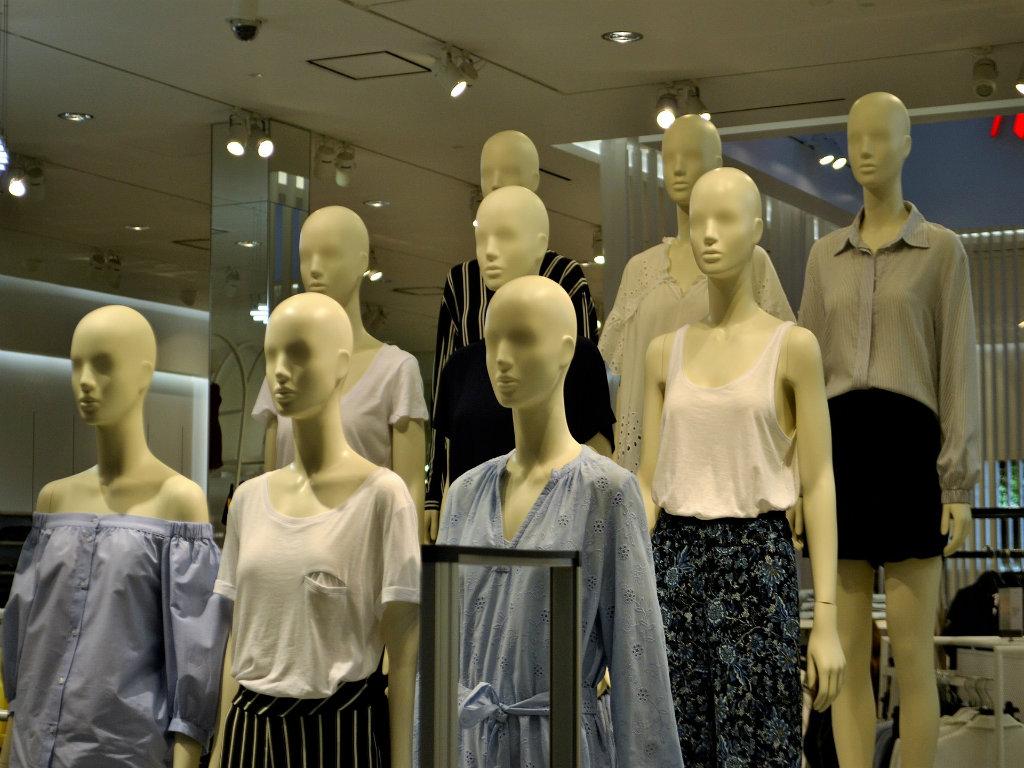 Šta će biti sa modnom industrijom nakon pandemije - Neki brendovi će bankrotirati, a polovna roba postaće sve popularnija