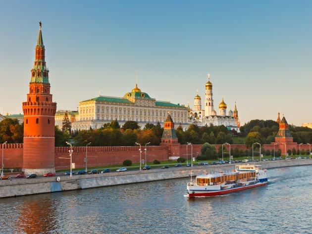 RS razmatra uvođenje čarter leta Banjaluka-Moskva