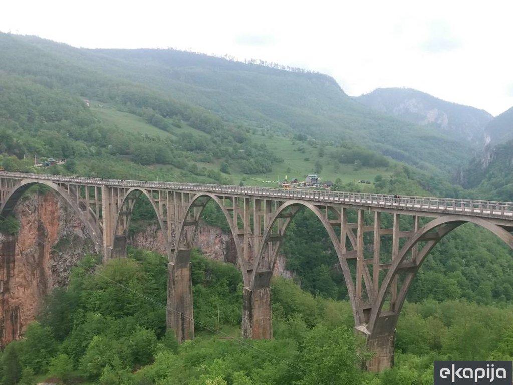 Za most na Đurđevića Tari 7,1 mil EUR - Potpisan ugovor o donaciji između CG i Kine, slijedi izrada glavnog projekta