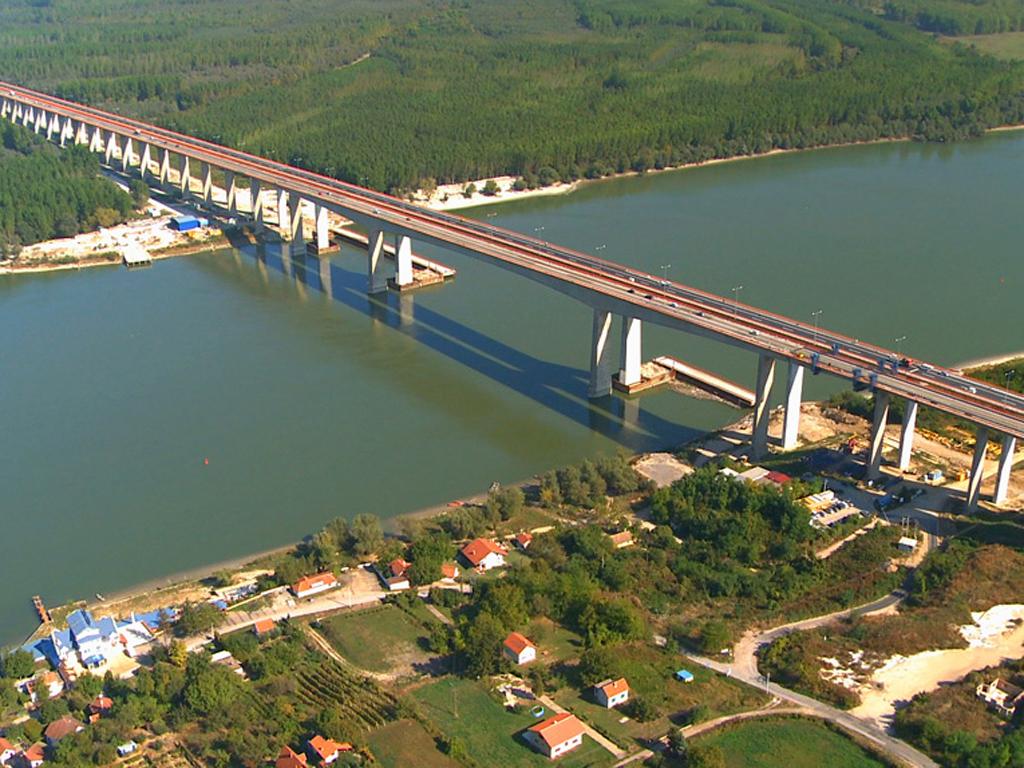 Putevi moraju da plate Alpini 10,5 mil EUR zbog spora oko mosta Beška