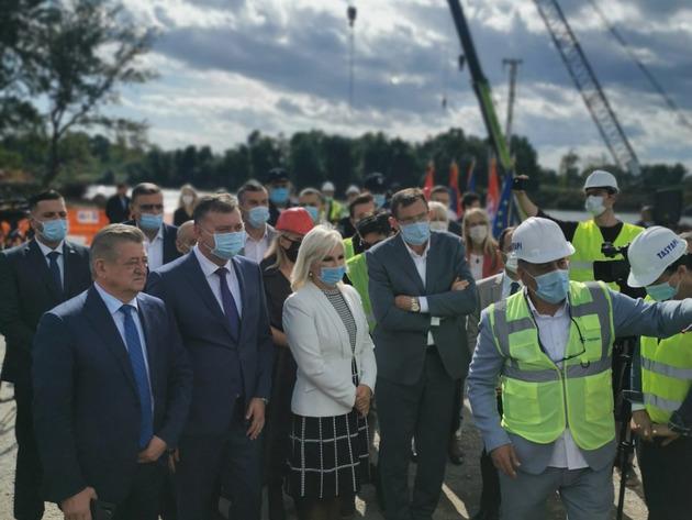Novi most na Rači biće završen do sredine 2023. - Srbija će učestvovati i u izgradnji dionice do Bijeljine