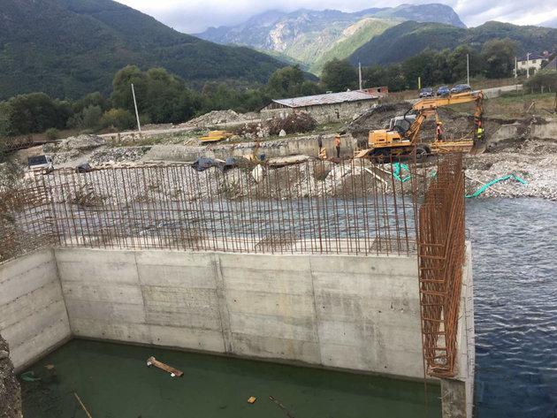 U toku izgradnja novog mosta na rijeci Vruji - Investicija dio projekta modernizacije puta od Plava do Gusinja vrijednog 4,4 mil EUR
