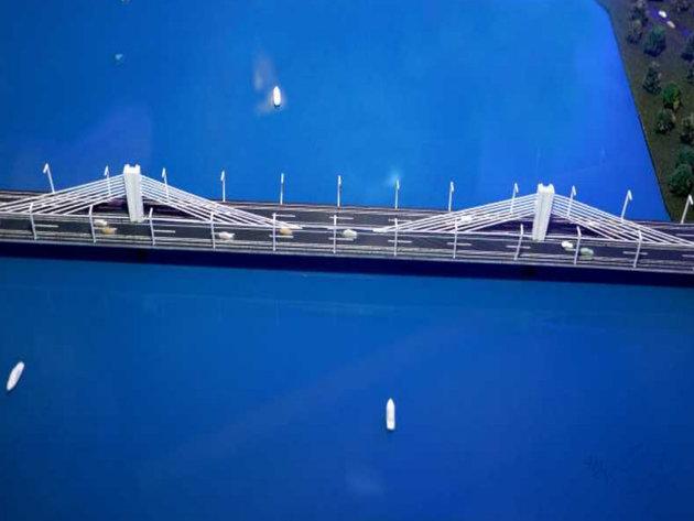 Model of the new bridge