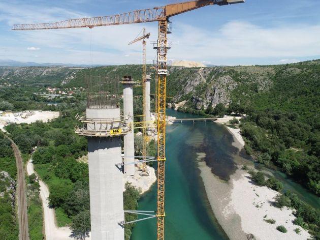 Završetak mosta Počitelj do kraja 2021. - Pogledajte kako izgleda gradilište u sklopu autoputa ka jugu BiH (FOTO)
