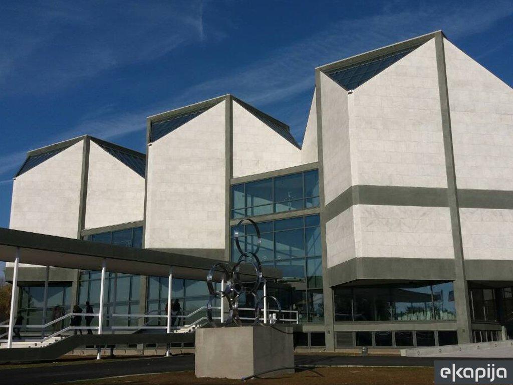 """Marina Abramovic nach 44 Jahren wieder in Belgrad - Ausstellung """"The Cleaner"""" wird am 21. September im Museum für zeitgenössische Kunst eröffnet"""