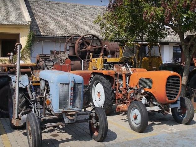 Zeravica-Museum besitzt einen 100 Jahre alten Traktor