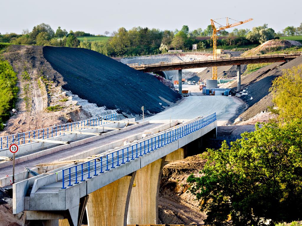 Potpisan ugovor za izgradnju Koridora 5c kroz RS - Radovi od Rudanke do Putnikovog brda koštaće 93,7 mil KM