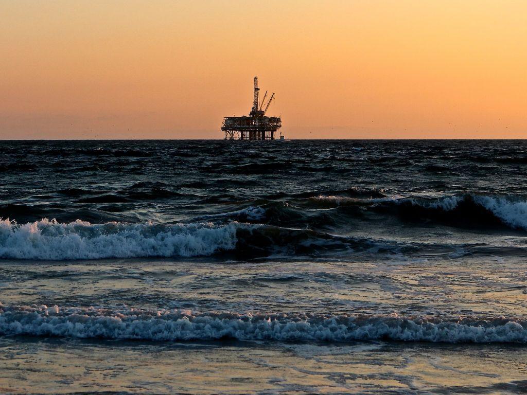 Neopravdan strah od eventualnog izlivanja nafte u Jadransko more - Eni i Novatek u istražnoj fazi primijenjuju tri najsavremenija sistema zaštite