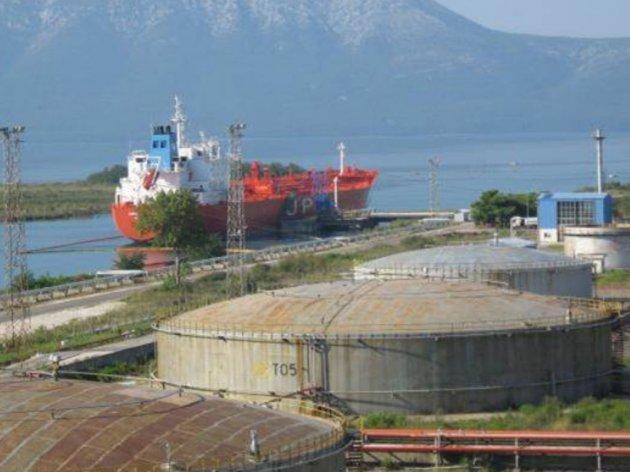 Luka Split planira gradnju naftnog terminala