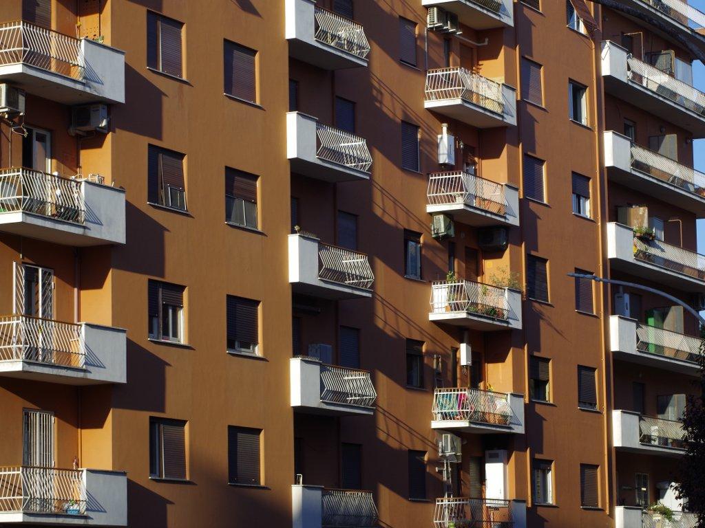 Kvadrat u Beogradu svake godine skuplji oko 10% - Tokom 2018. prodato 16.000 stanova