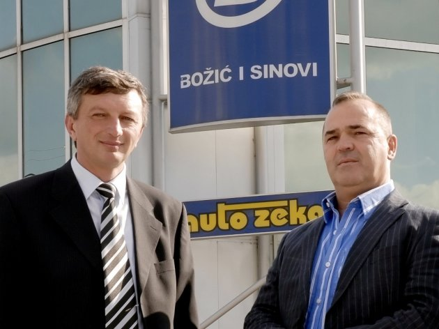 "Nikola Egić, Direktor von ""Božić i sinovi"" und  Jovica Božić, Inhaber"