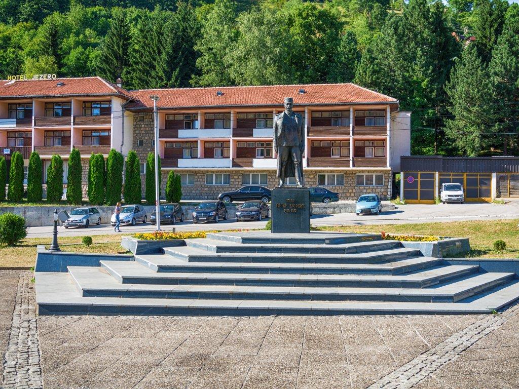 Uređenje trga u Novoj Varoši kreće u aprilu - U planu izgradnja fudbalskog stadiona na Zlataru