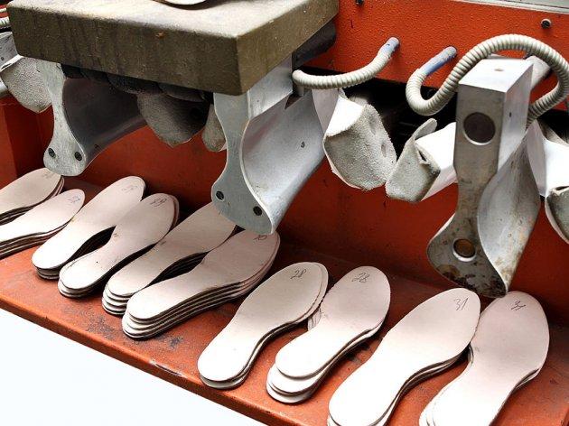 Pokrenuta proizvodnja u nekadašnjoj fabrici obuće Bosna - Italijani zapošljavaju ukupno 200 ljudi u Bronzanom Majdanu