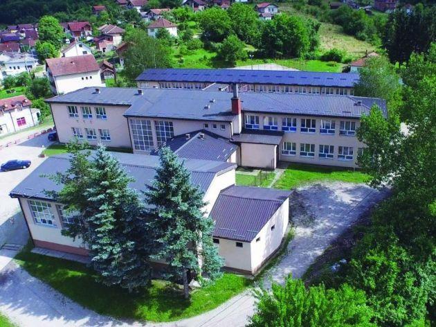 Osnovcima u Milićima potrebno uređenije školsko dvorište i bolja didaktička oprema - Predškolski uzrast prva saznanja stiče u vrtiću Poletarac