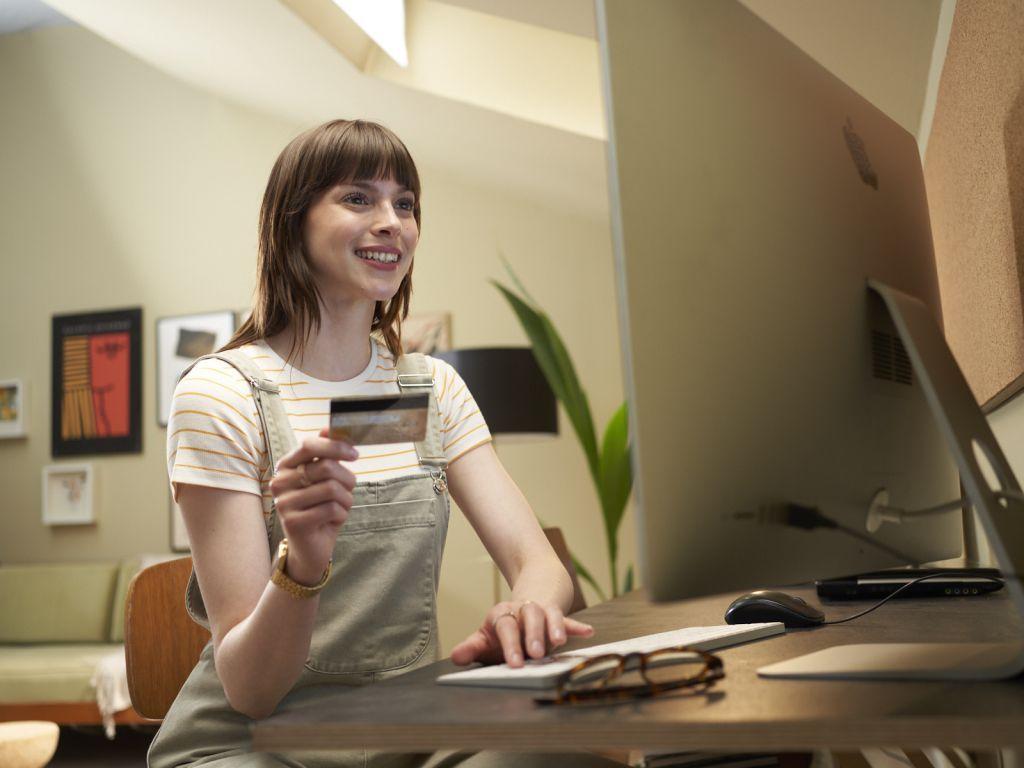Broj korisnika mobilnog bankarstva ubrzano raste - Preko 400.000 klijenata OTP banke koristi digitalne usluge