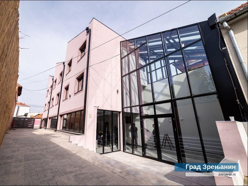 Zrenjanin dobio prvu pametnu zgradu u Banatu i Regionalni centar za energetsku efikasnost