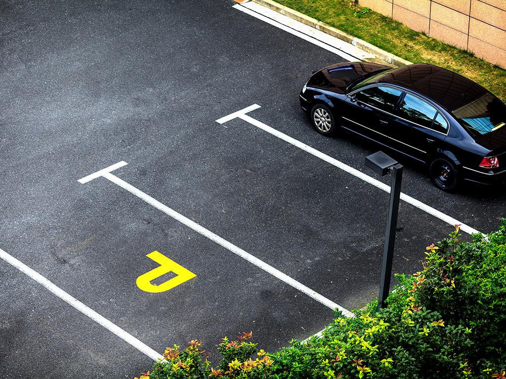 Završetak parkinga u naselju Dobrinja 1 do kraja marta
