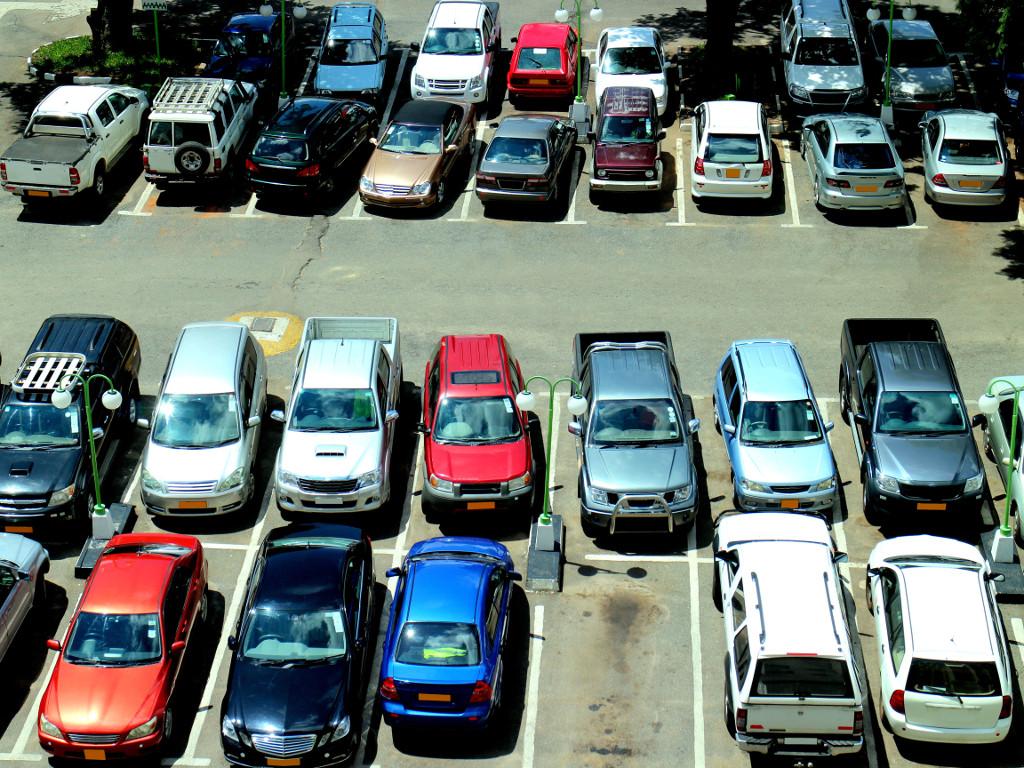 Kako rešiti problem parkiranja u prestonici?