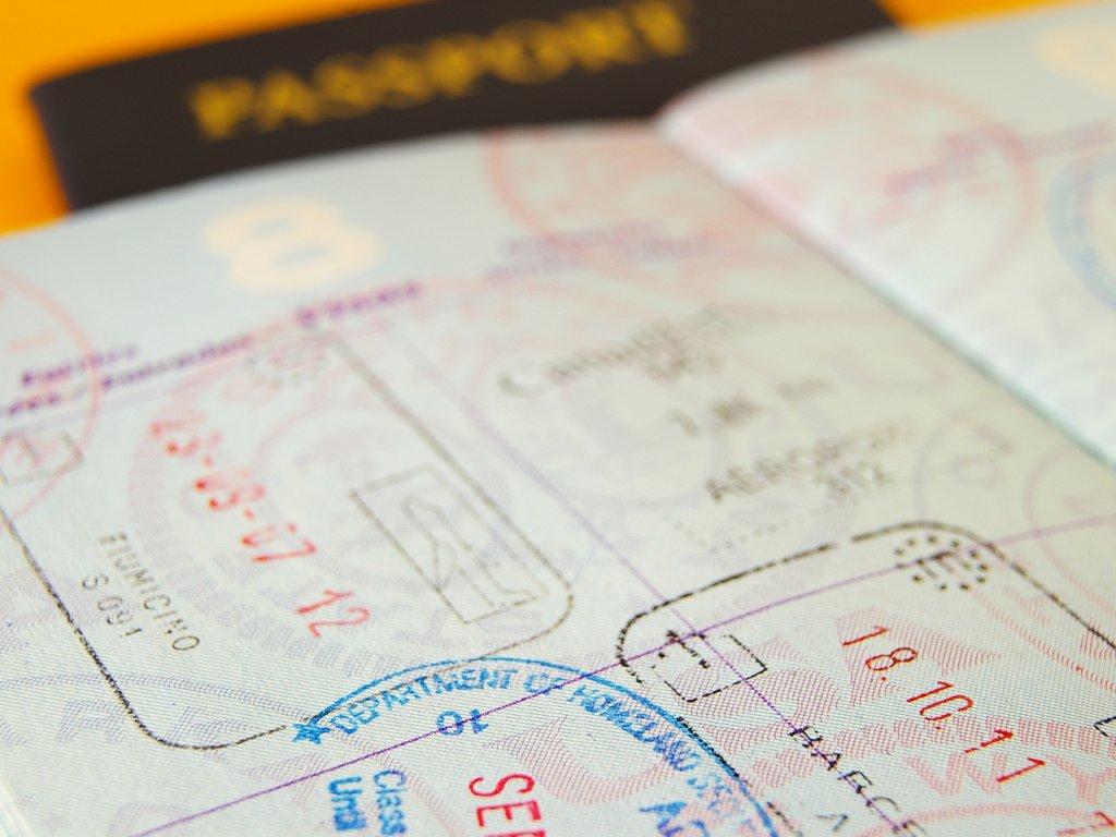 IDDEEA opet u problemu - Još se ne zna kada će biti novi tender za nabavku pasoša