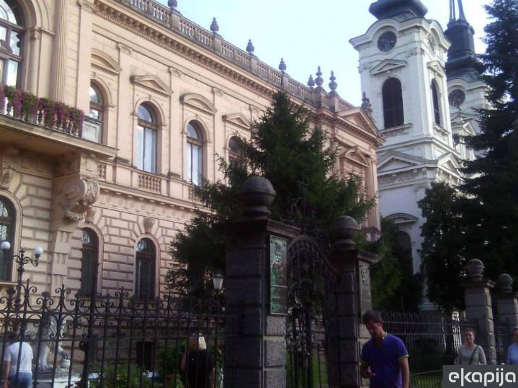 Obnova fasada Patrijaršijskog dvora i Saborne crvke u Sremskim Karlovcima posle Đurđevdana - U maju još nekoliko tendera za izvođače