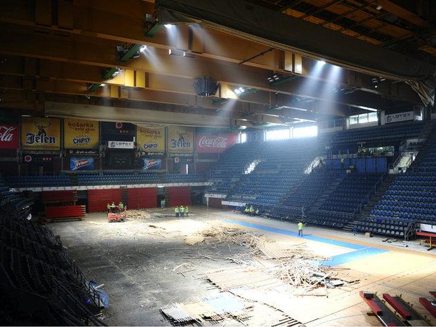 Renovierung der Sporthalle Pionir beginnt - Neue Klimaanlage und Lüftung werden installiert
