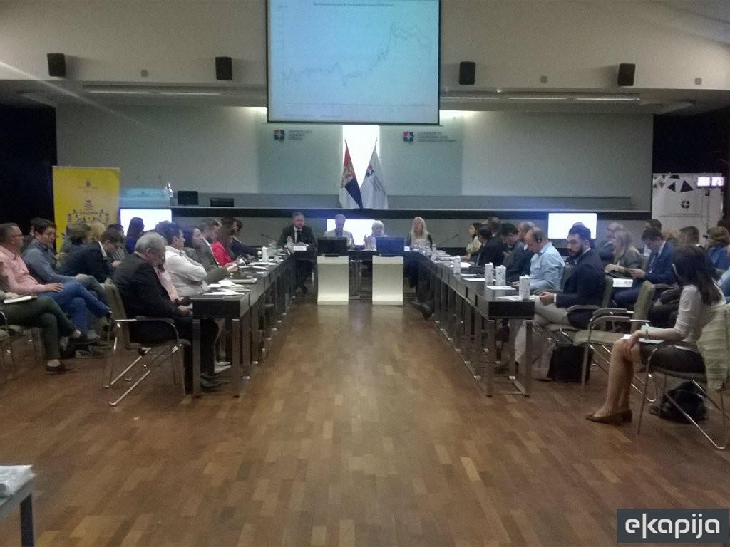Svaka druga malina u Švedskoj je iz Srbije - Domaći i švedski privrednici razgovarali o budućoj saradnji