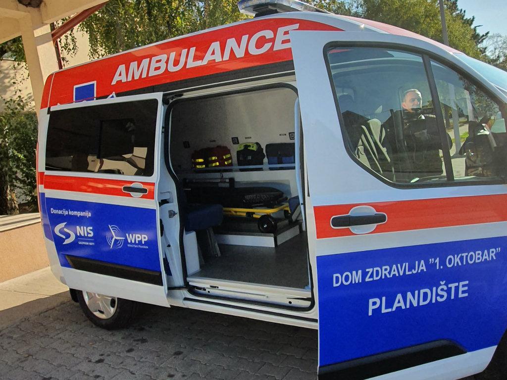Municipality of Plandiste gets new ambulance