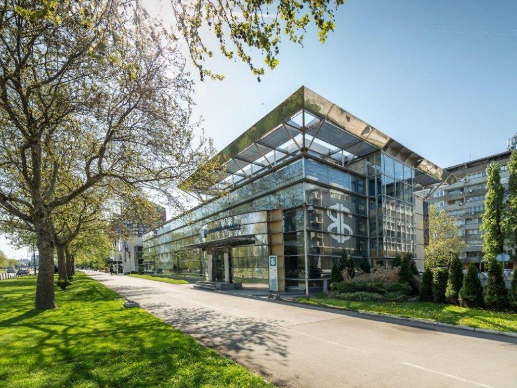 PLAZA PRIMA - Poslovni prostor na Novom Beogradu na gotovo 2.500 m2