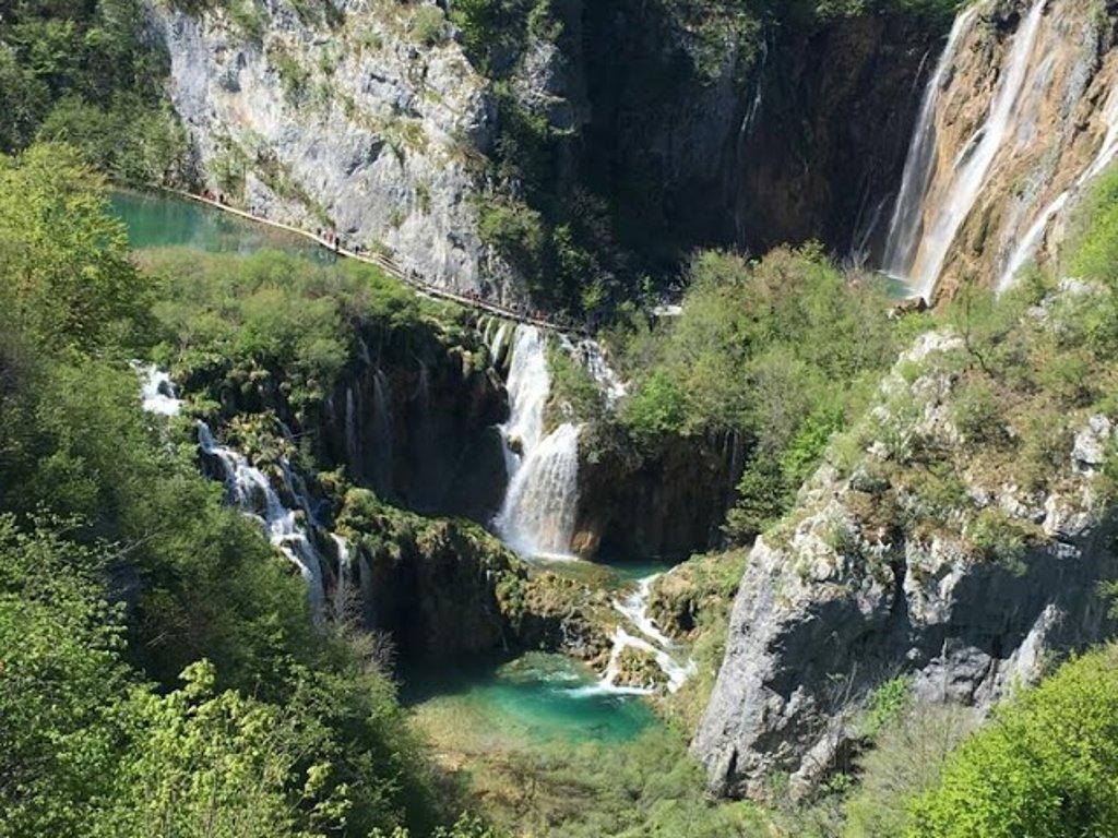 Posjetite Plitvička jezera onlajn