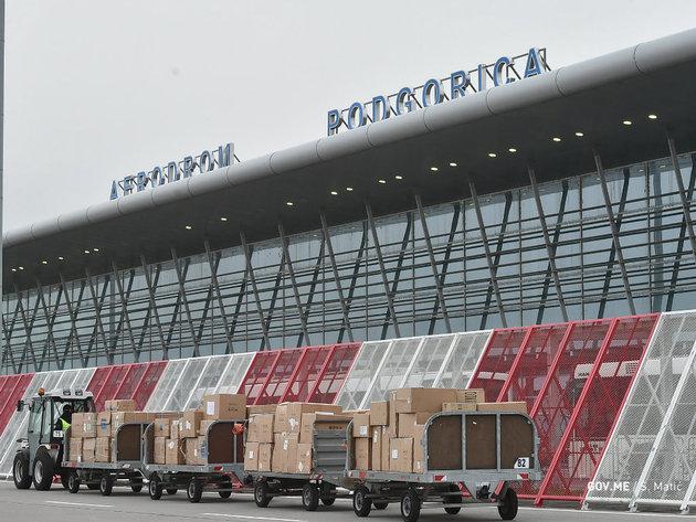 U Crnu Goru stigla vrijedna medicinska oprema