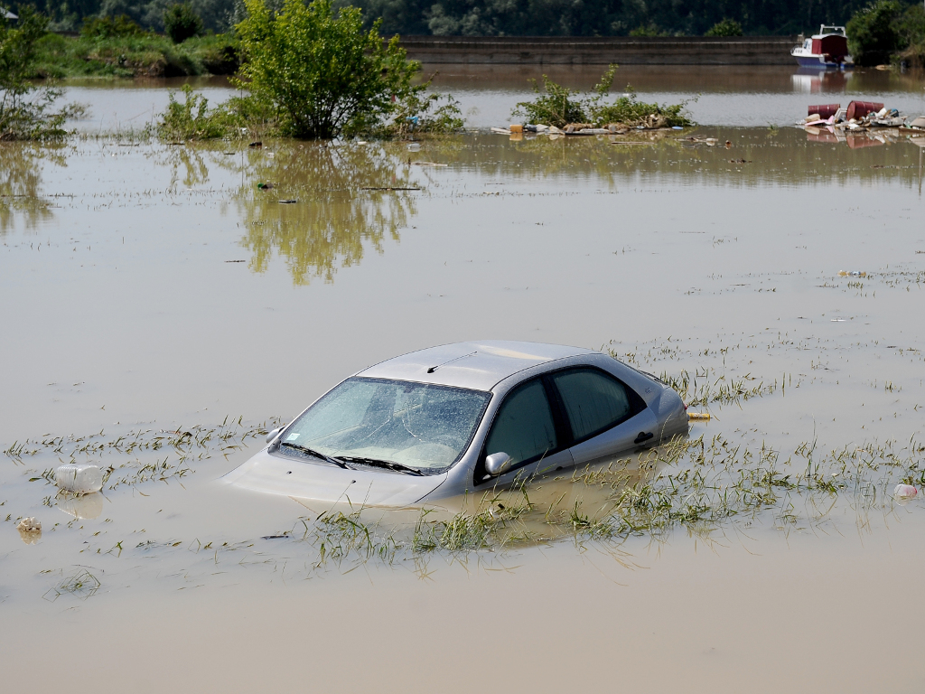 Pripreme za velike vode - U više opština i gradova u Srbiji raspisani tenderi za zaštitu od poplava