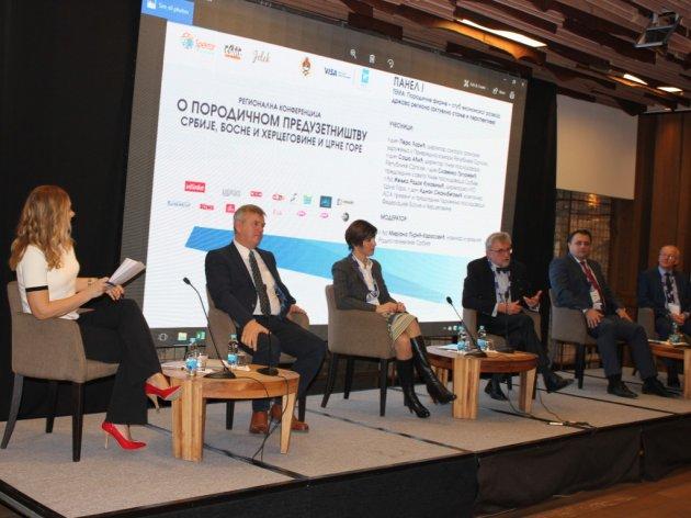 Panelisti druge Regionalne konferencije o porodičnom preduzetništvu