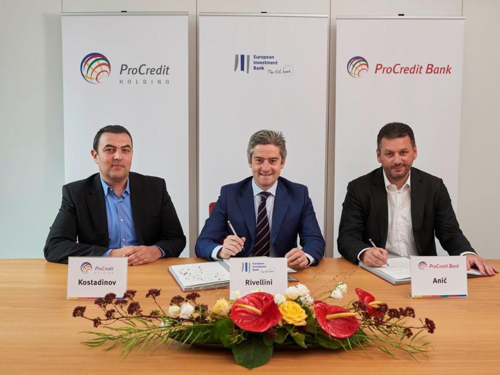 Za preduzeća u Srbiji 30 mil EUR - EIB i ProCredit banka potpisale ugovor o novoj kreditnoj liniji