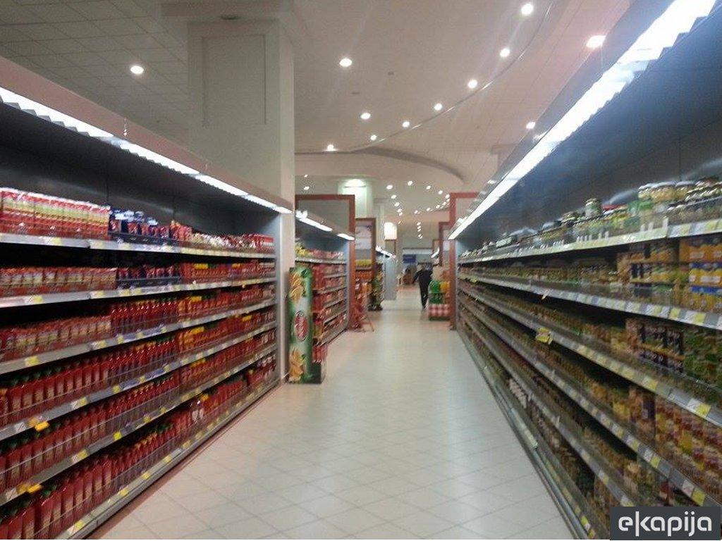 """""""Tropic group"""" zvanično preuzeo lanac marketa od """"Delhaize"""" - Ekonomisti podržavaju domaće vlasništvo"""