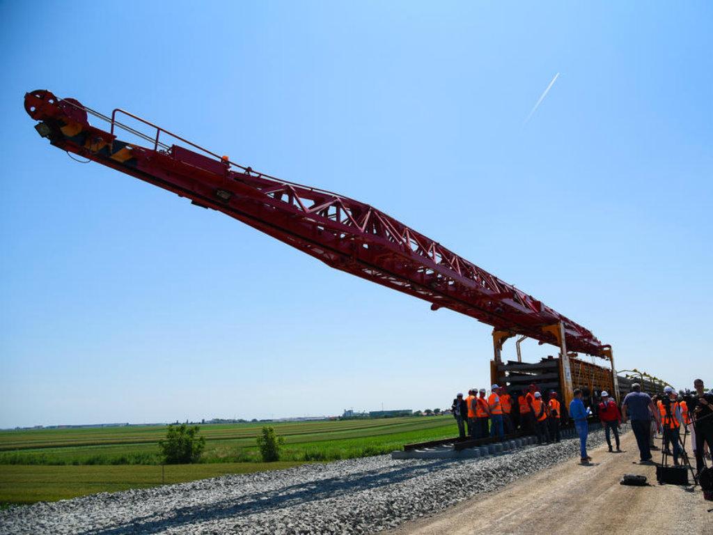 Kako napreduje izgradnja najzahtevnije deonice na pruzi Beograd-Novi Sad (FOTO)