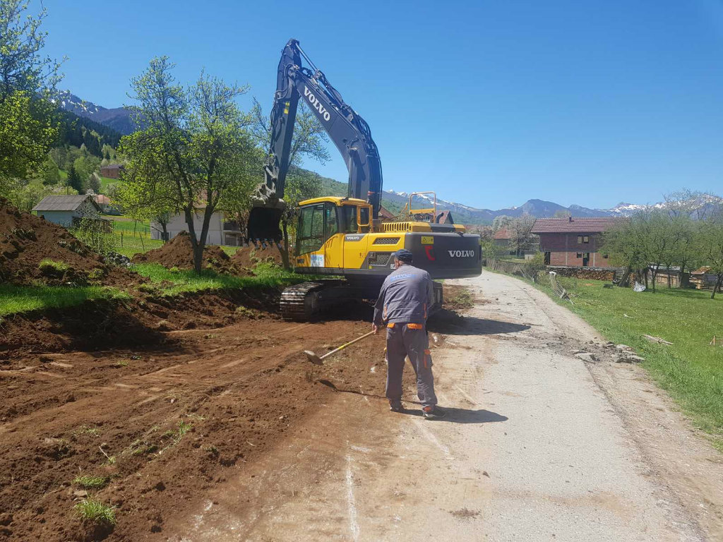 Počela rekonstrukcija puta Plav-Vojno selo-Gusinje, vrijednost investicije 3,5 mil EUR