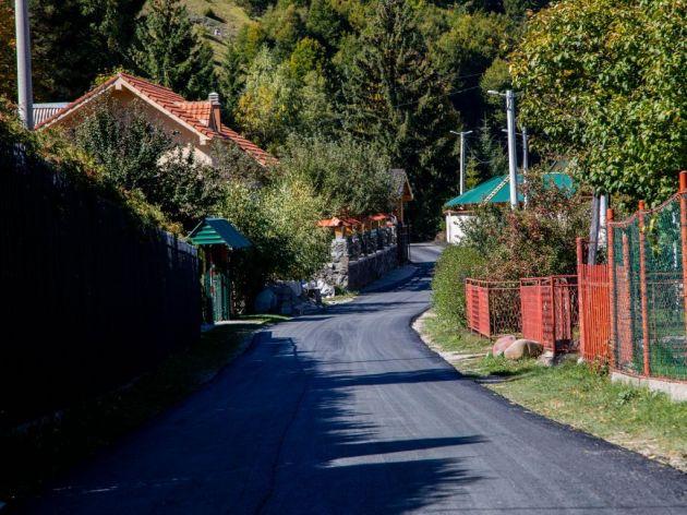 Pri kraju obnova pet kilometara puteva na Veruši - Dogovoren nastavak radova na putnom pravcu prema Bukumirskom jezeru